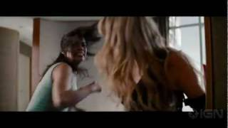 Mission: Impossible - Ghost Protocol: Babe Battle