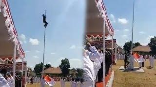 Aksi Joni Bukan Satu-satunya, Prajurit TNI di Klaten juga Panjat Tiang Bendera dan Sematkan Tali