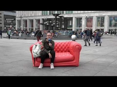 #EUroadtrip: Τα καλύτερα από τον κόκκινο καναπέ