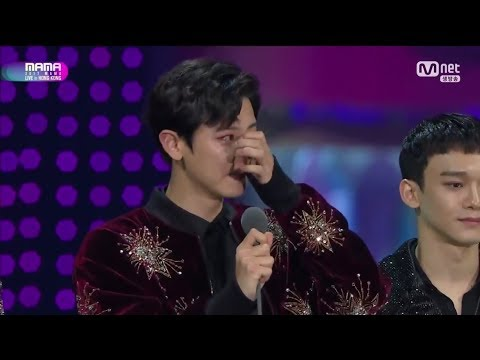 EXO WINS ALBUM OF THE YEAR IN MAMA 2017