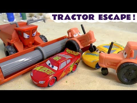 Cars 3 Lightning McQueen Tractor Escape Race From Frank Against Hot Wheels Superheroes TT4U