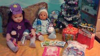 Открываем подарки от Деда Мороза  РОНИК НЕ В ОБИДЕ.