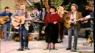 Dolly Parton - Daddy Was An Old Time- on The Dolly Show 198788 (Ep 7, Pt 12)