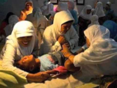 FGM(女性性器切除)[6:33x360p]