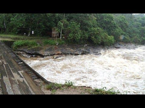 Chuva forte causa estragos no distrito de Lumiar, em Nova Friburgo