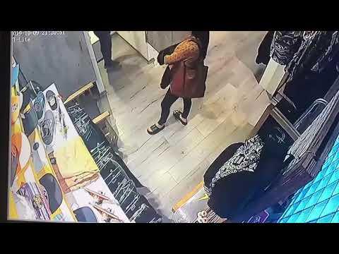 Videos. Mecheras robaron más de 30 prendas en un local de calle 12
