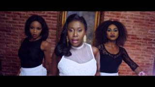 NINIOLA   MARADONA (OFFICIAL VIDEO)
