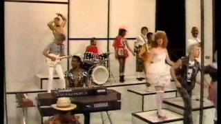 Hot Chocolate - Girl Crazy 1982