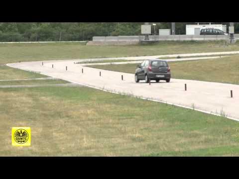 Der Toyota korolla der Automat der Aufwand des Benzins