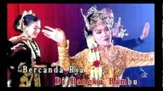 Download lagu Mas Idayu Senggol Senggolan Cubit Cubitan Mp3