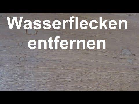 Wasserflecken auf Parkett entfernen - Wasserflecken im Holz was tun?