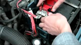 Установка аккумулятора Renault Logan MCV 1 6i - Topcar Expert 60 R+