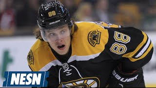 David Pastrnak Has Fractured Foot; No Timetable For Return To Bruins