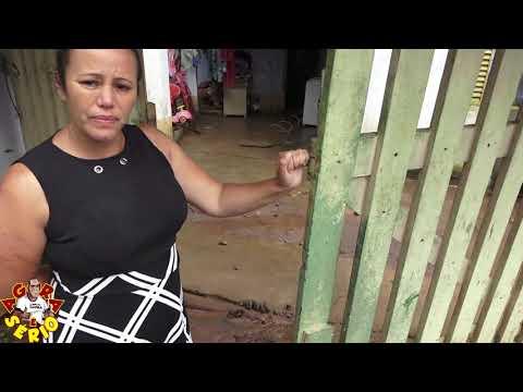 Viviane não aguenta mais esse descaso da Sabesp de Juquitiba na Rua Justino Mendes de Oliveira
