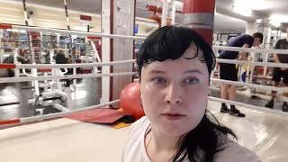 Лера в спортзале