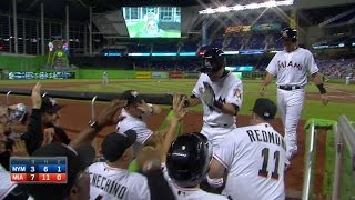 NYM@MIA: Ichiro crushes first homer with the Marlins - Video Youtube