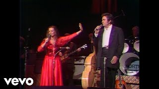 Johnny Cash & June Carter Cash – If I Were a Carpenter (Live In Las Vegas)