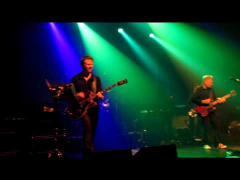 New Order - 586 (5-8-6 / 5 8 6). Live at Paris 2011. Le Bataclan