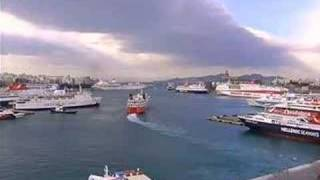 preview picture of video 'Piraeus Port'