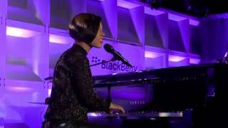 Performance  Alicia Keys Secret Sessions  Butterfliez