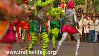 Pulikali - the dance of the tigers