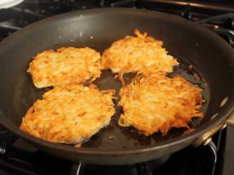 How to Make Potato Pancakes – Classic Potato Pancakes Recipe