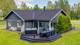 Worlds Most Beautiful Cottage With 3 Bedrooms For A Single Family