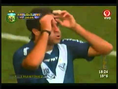 Golaço de Martínez pelo Vélez Sarsfield