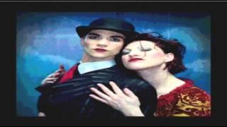 The Dresden Dolls - Girl Anachronism - Subtitulado Español.