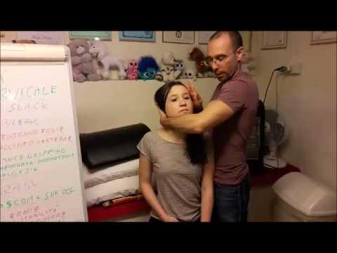Instabilità di reparto cervicale di una spina dorsale al bambino