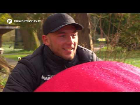 Daunenjacke und Rikscha statt Trikot und Fußball: Sozialtag der SpVgg Greuther Fürth