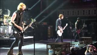 5 Seconds Of Summer - End Up Here live from The New Broken Scene