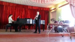 играет Дмитрий Кириков