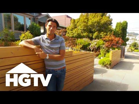 Choosing the Right Fence - HGTV