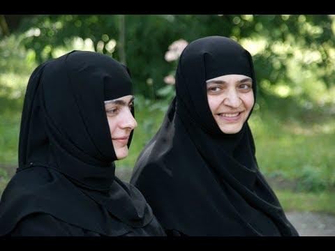 , title : 'Как монахини усмиряют свою плоть'