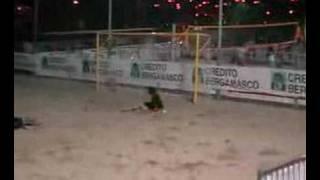 3L Arredamenti Beach-Soccer   Gol Roberto