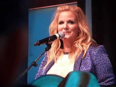 "Trisha Yearwood ""Every Girl In This Town"" (Live in Nashville TN during CMA Fest 06-06-2019)"