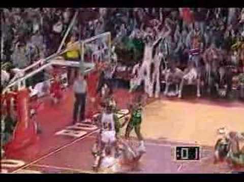 immagine di anteprima del video: Top 10 Tiri allo scadere di Michael Jordan