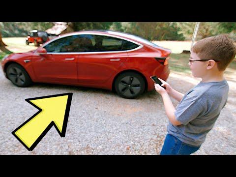 Děti reagují na Teslu Model 3