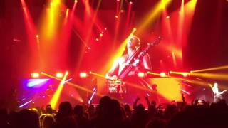 Def Leppard - Let's Go (Live) at the Alliant Energy Center in Madison, WI (8/6/16)