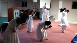 FRESHWIND Praise Dance - Hear I Am By Kevin Levar