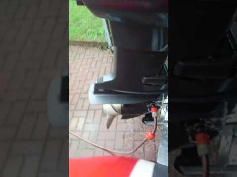 Die Birne für den Ablass des Benzins der Preis