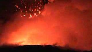 preview picture of video 'Littoral Explosions of Lava near Kalapana, Hawai'i'