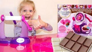 Шоколадная фабрика СВОИМИ РУКАМИ вкусные конфеты из ШОКОЛАДА распаковка набора от Family Box