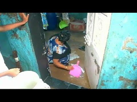 Ινδία: Η βροχή ενός μήνα έπεσε σε μια μέρα