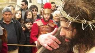 preview picture of video 'CIANCIANA: Venerdì Santo - Via Crucis - 2011 - Foto. A.D'Ascoli'