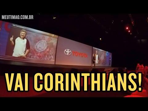 CEO da Toyota se declara corinthiano durante coletiva de imprensa