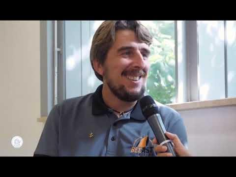 MARCO ROSSATO AL GASLINI, LO SKIPPER PARAPLEGICO HA CIRCUMNAVIGATO L'ITALIA CON IL SUO CAGNOLINO