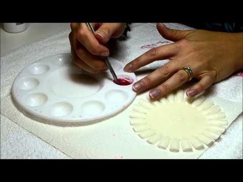Léloignement des taches de pigment sur la personne et les astérisques vasculeux
