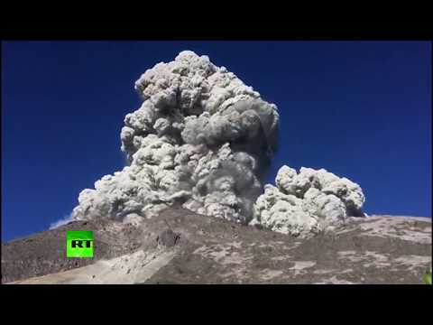 Horrifying Beauty: Indonesia Volcano Erupts With Smoke